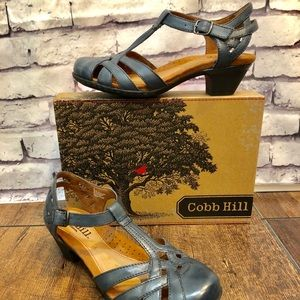 Cobb Hill Vintage Vibe Leather Navy Blue Heels